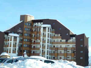 résidence avec neige